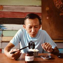 鱼米之乡里有一位细腻精致料理师。